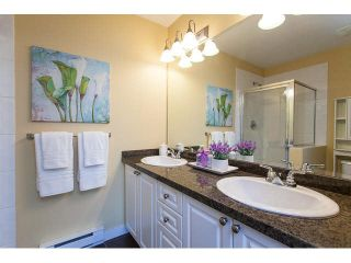 """Photo 15: 44 6555 192A Street in Surrey: Clayton Townhouse for sale in """"The Carlisle"""" (Cloverdale)  : MLS®# R2037162"""