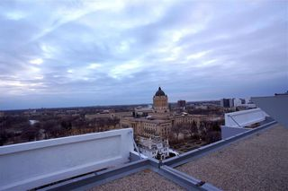 Photo 19: 909 15 Kennedy Street in Winnipeg: Downtown Condominium for sale (9A)  : MLS®# 202105840