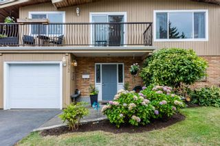 Photo 3: 19512 120 Avenue in Pitt Meadows: Central Meadows House for sale : MLS®# R2611017