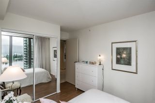 """Photo 12: 1803 1331 W GEORGIA Street in Vancouver: Coal Harbour Condo for sale in """"THE POINTE"""" (Vancouver West)  : MLS®# R2073333"""