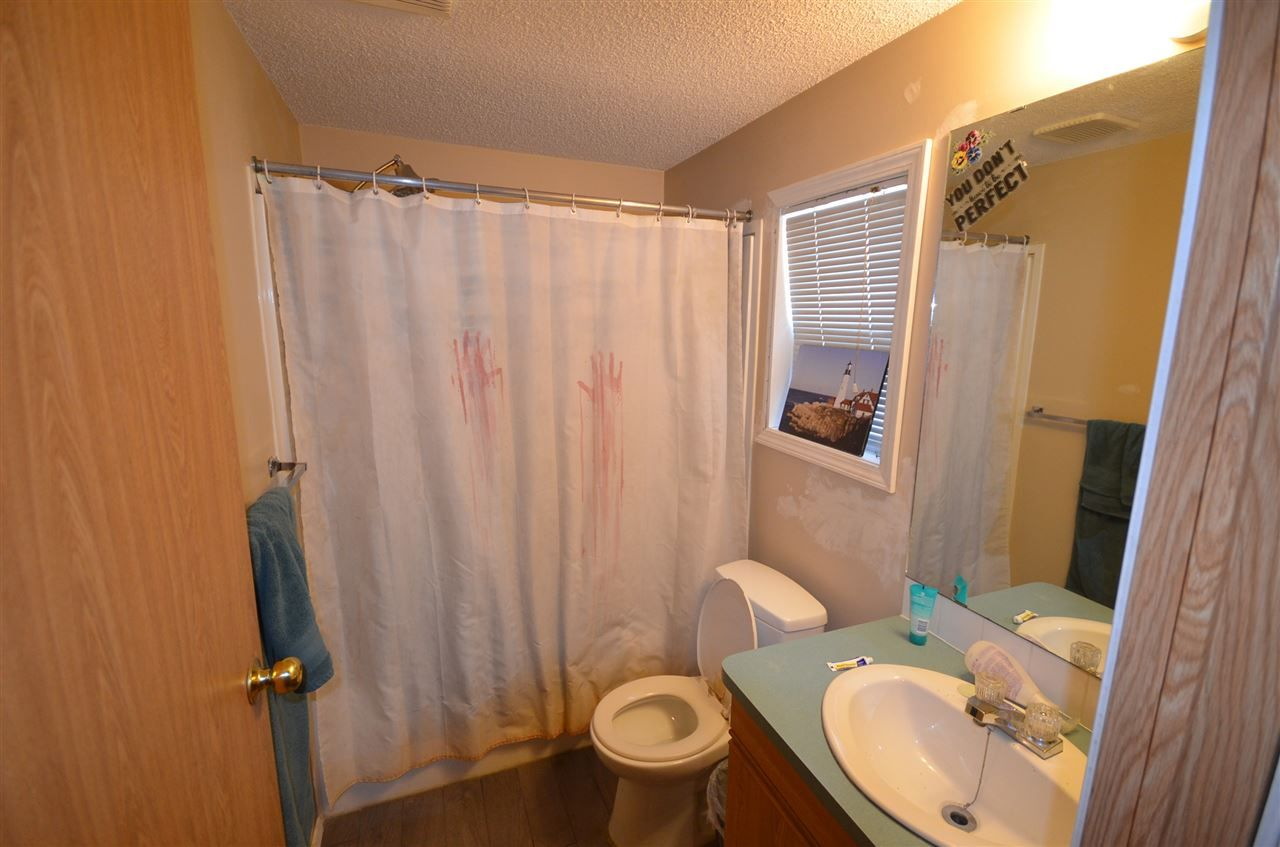 Photo 3: Photos: 10523 101 Street: Taylor Manufactured Home for sale (Fort St. John (Zone 60))  : MLS®# R2517139