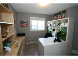 Photo 16: 225 SUNSET Common: Cochrane Residential Attached for sale : MLS®# C3590396