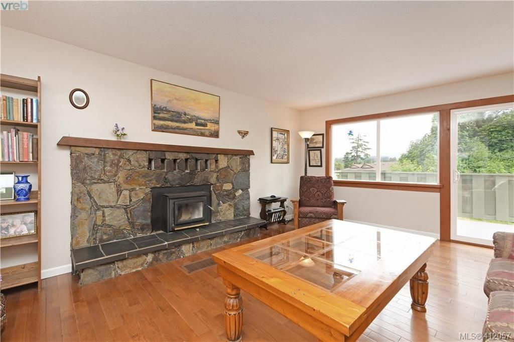 Photo 2: Photos: 1610 Dufour Rd in SOOKE: Sk Whiffin Spit House for sale (Sooke)  : MLS®# 816983