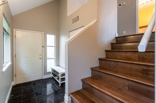 """Photo 4: 1 10238 155A Street in Surrey: Guildford Townhouse for sale in """"Chestnut Lane"""" (North Surrey)  : MLS®# R2499235"""