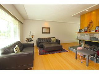 Photo 3: 1571 HARBOUR Drive in Coquitlam: Harbour Place House for sale : MLS®# V1079312
