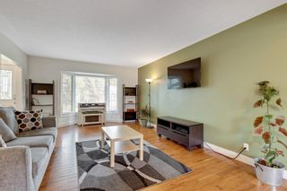 Photo 7: 79 Warwick Drive SW in Calgary: Westgate Detached for sale : MLS®# A1131480