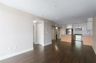 """Photo 6: 301 55 EIGHTH Avenue in New Westminster: GlenBrooke North Condo for sale in """"Eight West"""" : MLS®# R2377360"""