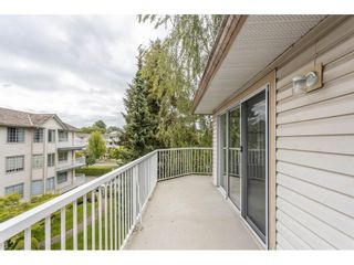 """Photo 30: 310 5360 205 Street in Langley: Langley City Condo for sale in """"PARKWAY ESTATES"""" : MLS®# R2515789"""