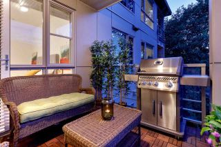 """Photo 32: 303 1621 HAMILTON Avenue in North Vancouver: Mosquito Creek Condo for sale in """"HEYWOOD ON THE PARK"""" : MLS®# R2603480"""
