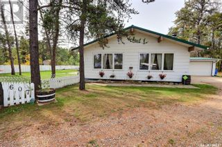 Photo 1: 607 15th ST NW in Prince Albert: House for sale : MLS®# SK871500