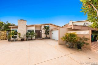 Photo 9: PACIFIC BEACH House for sale : 3 bedrooms : 5022 Pacifica Dr in San Diego