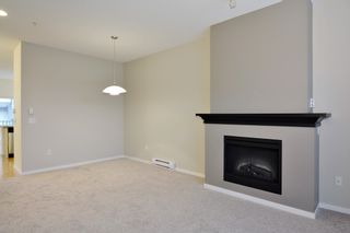"""Photo 3: 6 8089 209 Street in Langley: Willoughby Heights Townhouse for sale in """"Arborel Park"""" : MLS®# R2121733"""