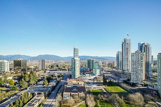 "Photo 15: 2202 4360 BERESFORD Street in Burnaby: Metrotown Condo for sale in ""MODELLO"" (Burnaby South)  : MLS®# R2399133"