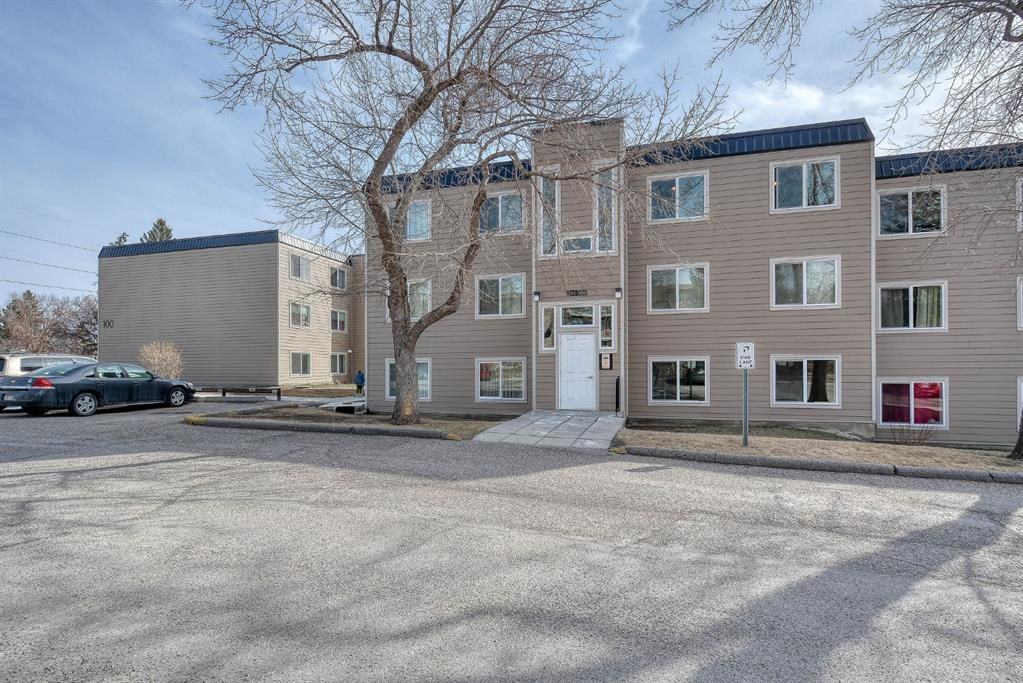 Main Photo: 306 315 Heritage Drive SE in Calgary: Acadia Apartment for sale : MLS®# A1090556