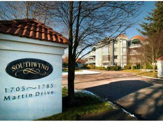 "Photo 1: 302 1785 MARTIN Drive in Surrey: Sunnyside Park Surrey Condo for sale in ""SOUTHWYND"" (South Surrey White Rock)  : MLS®# F1429967"