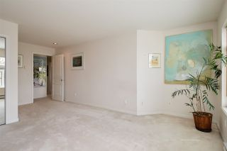 """Photo 11: 206 257 E KEITH Road in North Vancouver: Lower Lonsdale Condo for sale in """"McNair Park"""" : MLS®# R2398513"""