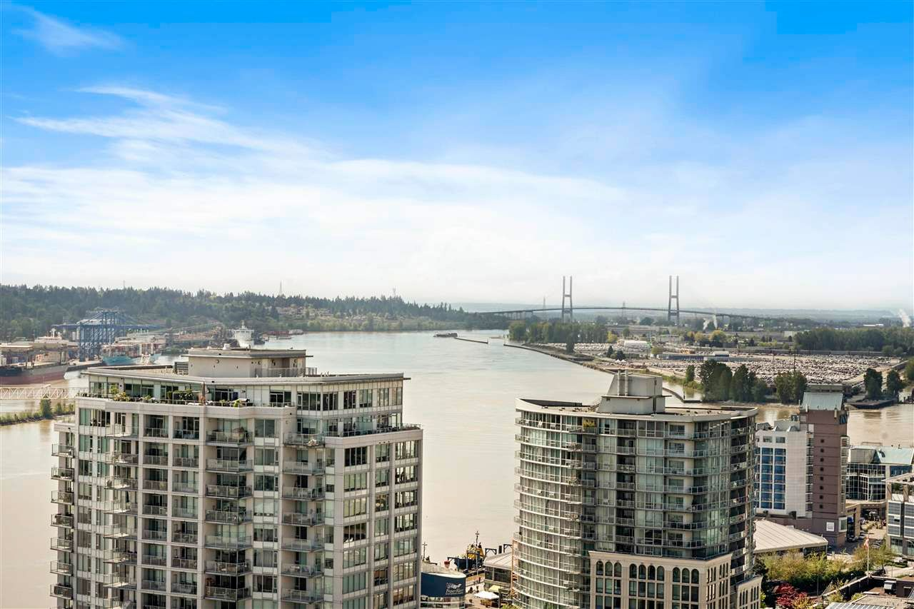 """Photo 28: Photos: PH7 39 SIXTH Street in New Westminster: Downtown NW Condo for sale in """"QUANTUM"""" : MLS®# R2575142"""