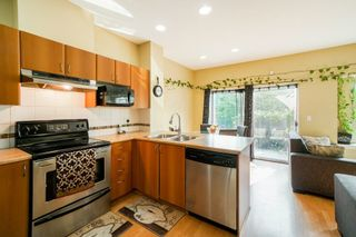 "Photo 6: 34 6366 126 Street in Surrey: Panorama Ridge Townhouse for sale in ""SUNRIDGE ESTATES"" : MLS®# R2297458"