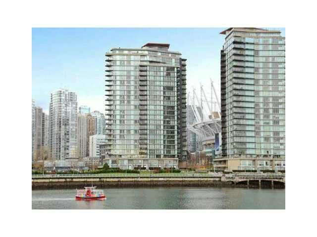 """Main Photo: 2002 918 COOPERAGE Way in Vancouver: Yaletown Condo for sale in """"MARINER"""" (Vancouver West)  : MLS®# V1116237"""
