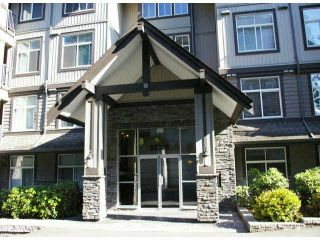 "Photo 2: 401 33328 E BOURQUIN Crescent in Abbotsford: Central Abbotsford Condo for sale in ""NATURES GATE"" : MLS®# F1430501"