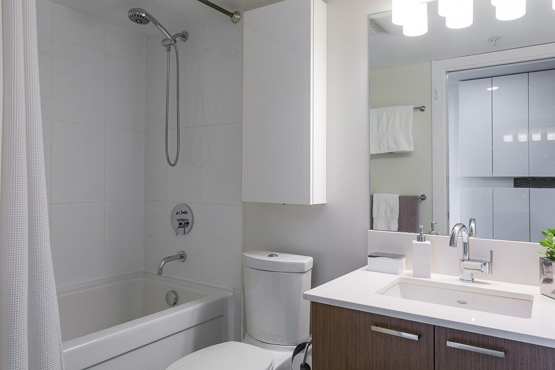 """Photo 15: Photos: 702 221 UNION Street in Vancouver: Strathcona Condo for sale in """"V6A"""" (Vancouver East)  : MLS®# R2372074"""