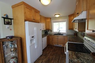 Photo 9: 7823 Squilax Anglemont Road in Anglemont: North Shuswap House for sale (Shuswap)  : MLS®# 10116503