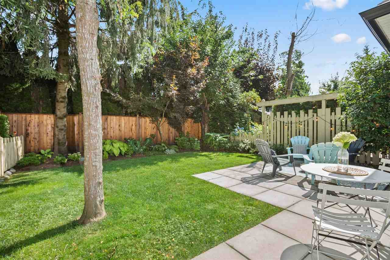 """Main Photo: 57 18707 65 Avenue in Surrey: Cloverdale BC Townhouse for sale in """"LEGENDS"""" (Cloverdale)  : MLS®# R2490125"""
