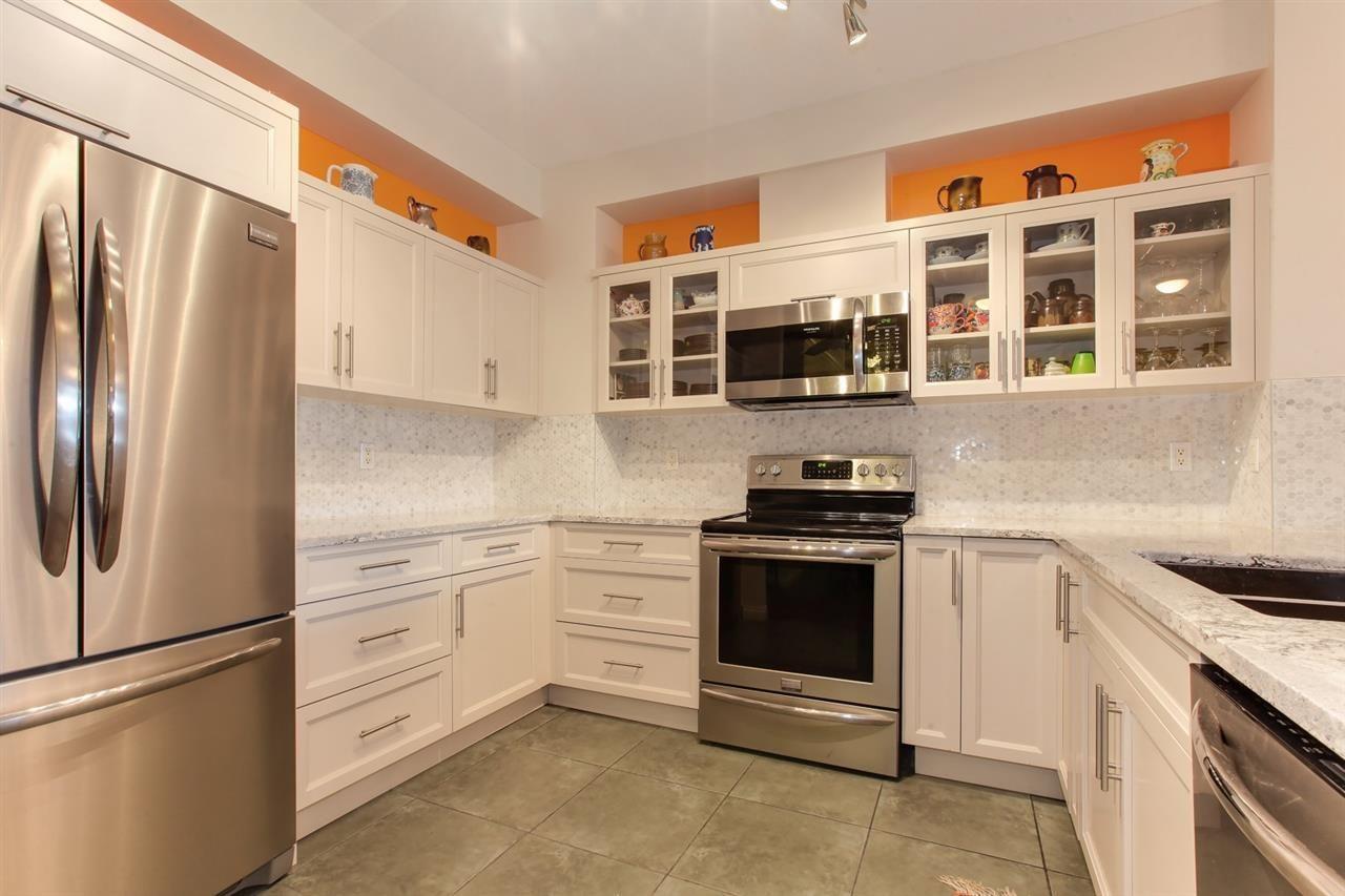 "Main Photo: 128 5800 ANDREWS Road in Richmond: Steveston South Condo for sale in ""THE VILLAS"" : MLS®# R2329081"