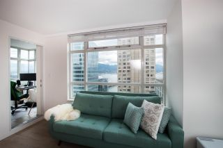 """Photo 9: 2607 438 SEYMOUR Street in Vancouver: Downtown VW Condo for sale in """"Conference Plaza"""" (Vancouver West)  : MLS®# R2574733"""