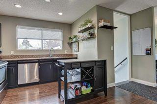 Photo 9: 128 Cedarpark Green SW in Calgary: Cedarbrae Detached for sale : MLS®# A1109711