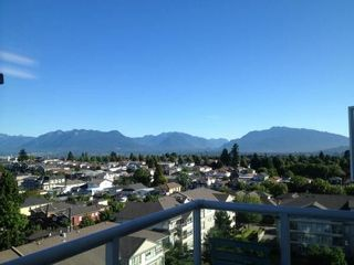 """Photo 2: 1108 3455 ASCOT Place in Vancouver: Collingwood VE Condo for sale in """"QUEEN'S COURT"""" (Vancouver East)  : MLS®# R2242804"""