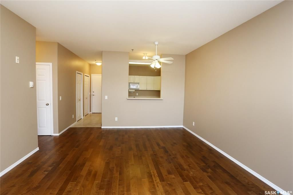 Photo 15: Photos: 204 302 Nelson Road in Saskatoon: University Heights Residential for sale : MLS®# SK800364
