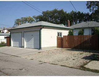 Photo 2: 428 ENNISKILLEN Avenue in WINNIPEG: West Kildonan / Garden City Single Family Detached for sale (North West Winnipeg)  : MLS®# 2716290