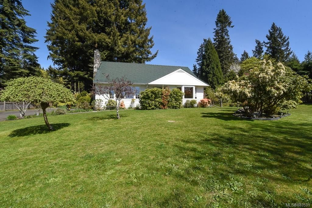Main Photo: 810 Back Rd in : CV Courtenay East House for sale (Comox Valley)  : MLS®# 883531