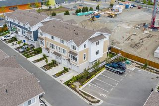 Photo 3: 43 370 Latoria Blvd in : Co Royal Bay Row/Townhouse for sale (Colwood)  : MLS®# 878362