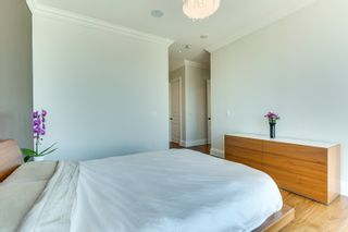 Photo 14: 2402 183 W Wellington Street in Toronto: Condo for lease (Toronto C01)  : MLS®# C3690976
