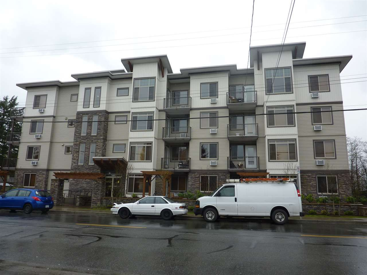 "Main Photo: 217 11887 BURNETT Street in Maple Ridge: East Central Condo for sale in ""WELLINGTON STATION"" : MLS®# R2125970"