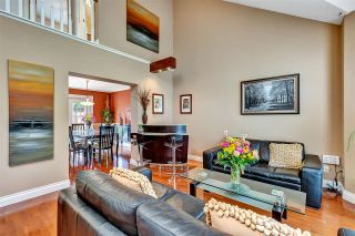 "Photo 3: 9280 154A Street in Surrey: Fleetwood Tynehead House for sale in ""BERKSHIRE PARK"" : MLS®# R2576878"