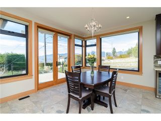 Photo 3: 198 N GLYNDE Avenue in Burnaby: Capitol Hill BN House for sale (Burnaby North)  : MLS®# V1053985