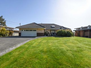 Photo 1: 3420 SANDPIPER DRIVE in COURTENAY: CV Courtenay City House for sale (Comox Valley)  : MLS®# 785397