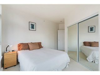"""Photo 10: 1403 1050 SMITHE Street in Vancouver: West End VW Condo for sale in """"THE STERLING"""" (Vancouver West)  : MLS®# V1092092"""