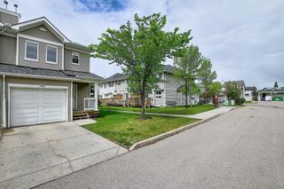 Photo 3: 188 Country Village Manor NE in Calgary: Country Hills Village Row/Townhouse for sale : MLS®# A1116900