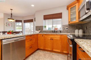 Photo 12: 2670 Horler Pl in VICTORIA: La Mill Hill House for sale (Langford)  : MLS®# 801940