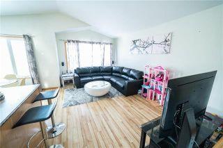 Photo 2: 1018 Stardust Avenue in Winnipeg: Single Family Detached for sale (4H)  : MLS®# 1905905