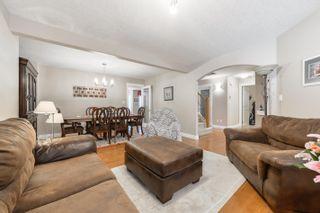 Photo 5: 3040 MACNEIL Way in Edmonton: Zone 14 House for sale : MLS®# E4263321