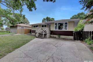 Photo 2: 6 Forsyth Crescent in Regina: Normanview Residential for sale : MLS®# SK863303