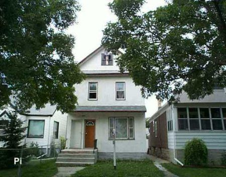 Main Photo: 639 Anderson Ave.: Residential for sale (North End)  : MLS®# 2512584
