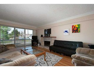 Photo 2: 2290 E 48TH Avenue in Vancouver: Killarney VE House for sale (Vancouver East)  : MLS®# V1066664