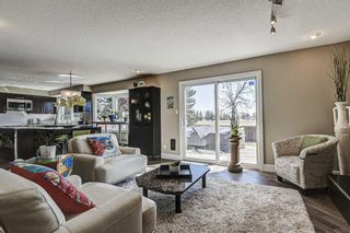 Photo 10: 20 Woodfield Road SW in Calgary: Woodbine Detached for sale : MLS®# A1100408