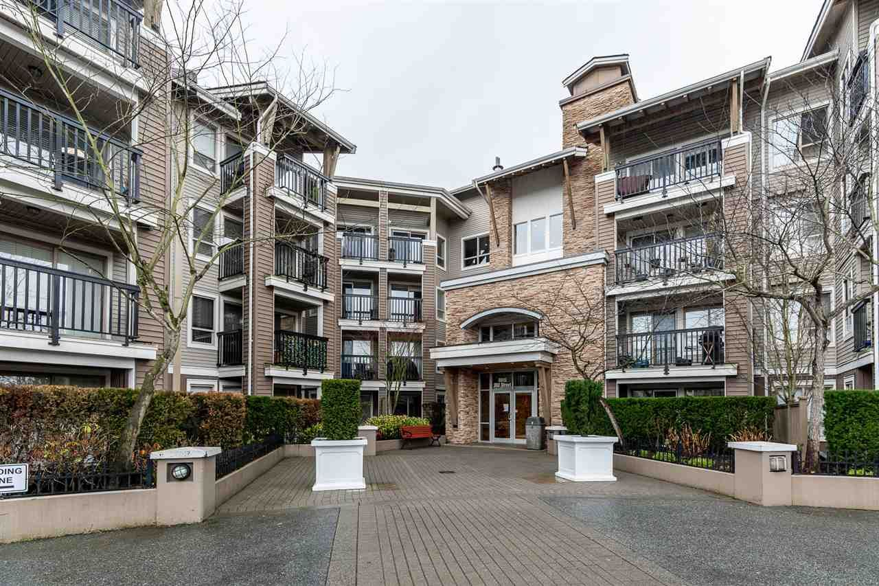 "Main Photo: 115 8915 202 Street in Langley: Walnut Grove Condo for sale in ""The Hawthorne"" : MLS®# R2536470"